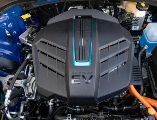 Hvordan vaske motorrommet på en EL-Bil